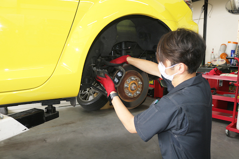 RX-8の車検整備や板金塗装!