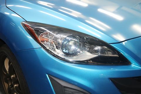 ヘッドライトに水滴を見つけたら早期修理が大事です!