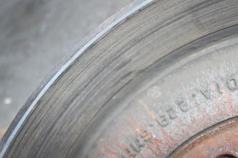 ブレーキのキーキー音は交換のシグナル!点検が必要です。